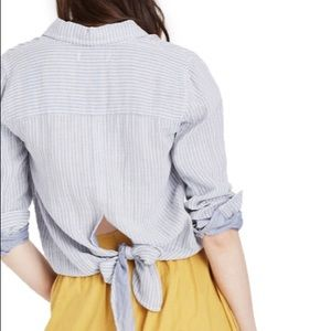 Madewell Stirpe Tie Back Button Up Shirt